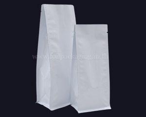 กระเป๋าสีขาวสดใสไม่มีซิป